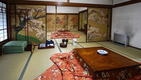 Các nghi lễ truyền thống ở Nhật Bản được diễn ra hàng năm tập trung vào dịp lễ tết